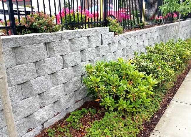 We Build Concrete Block Retaining Walls for Residential and Commercial Projects